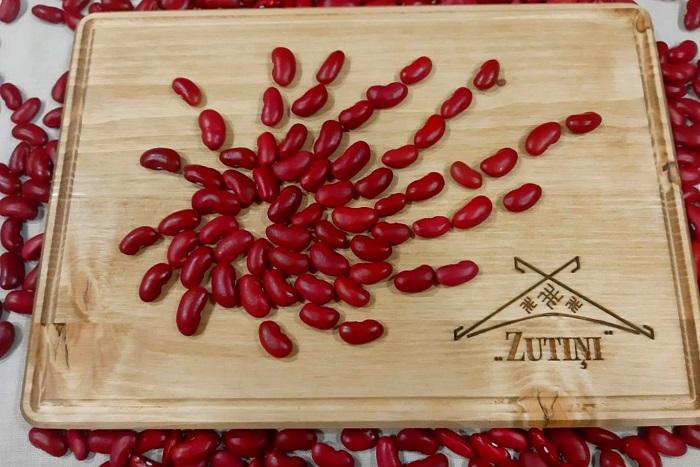 Sarkanās nierīšu pupiņas jeb `Red kidney beans`